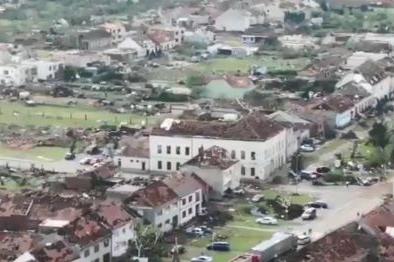 Rozsah škod po tornádu pomohly zjistit letecké snímky